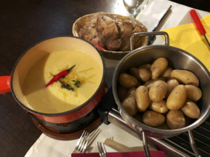 Käsefondues - Cheese Fondues